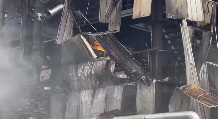 宁夏石嘴山市一公司发生爆炸事故,23辆消防车出动!节后安全管理不可大意,十四项排查重点要牢记!